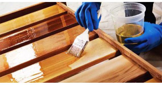 Як вибрати лак для дерева? Різновиди лаків для деревини.